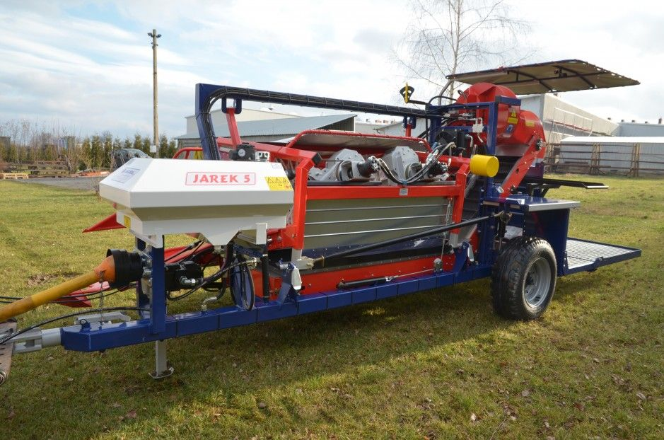 Harvester for currants, haskaps, gooseberry JAREK 5